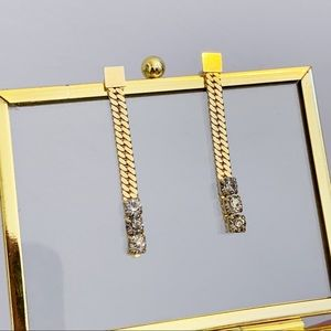 Vtg Gold Tone Rope Rhinestone Dangle Earrings